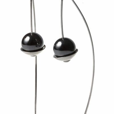SFERA: schlichte, elegante Ohrhänger aus Silber und und Kugeln aus Hämatit